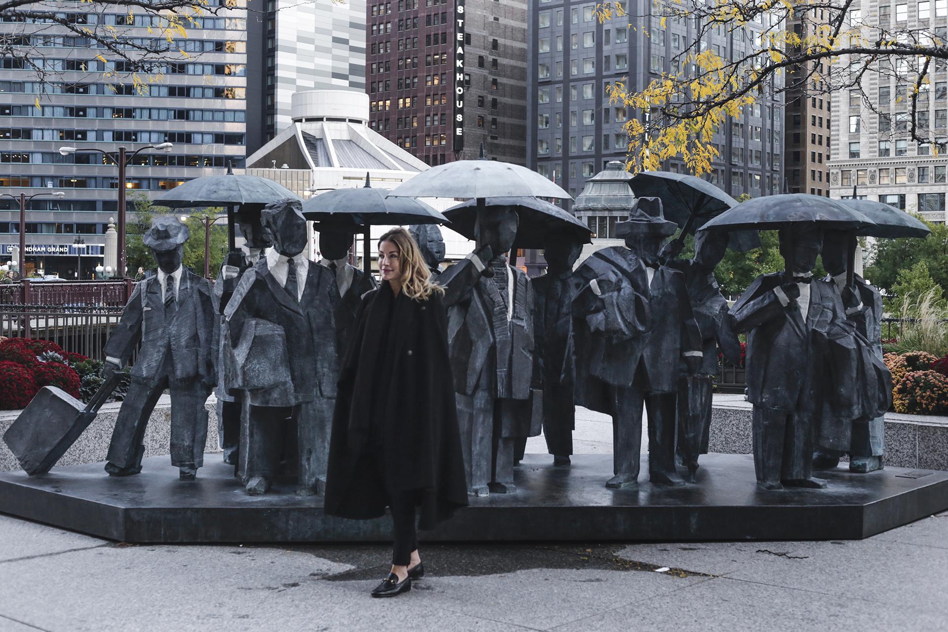 """THE LANGHAM, CHICAGO - """"GENTLEMEN"""" art"""