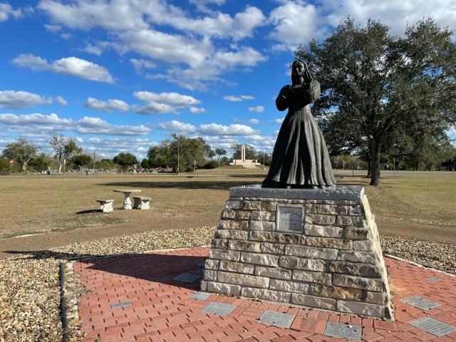 Angel of Goliad, Francita Alvarez
