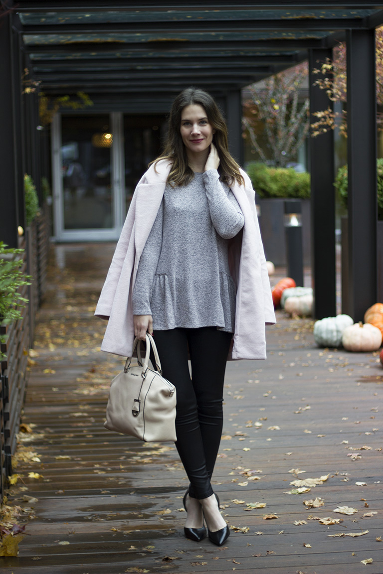 What To Wear To Thanksgiving For The Girl Who Loves To Eat -3594