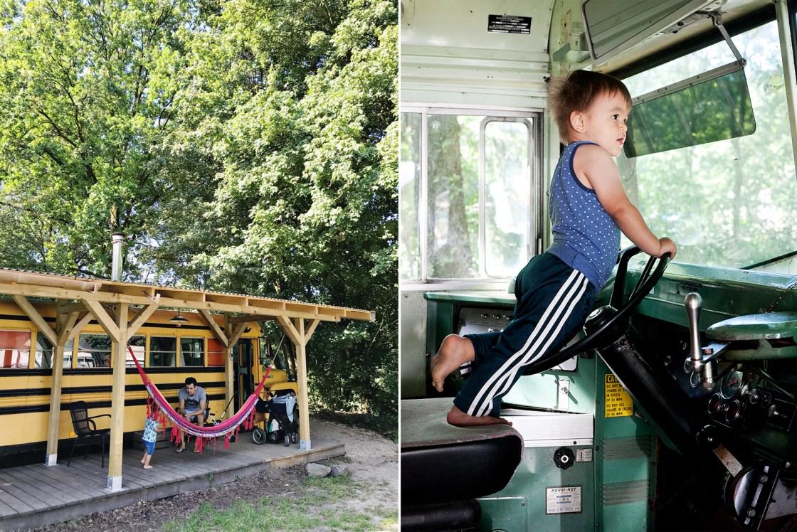 Slapen in een schoolbus bij Kampeerterrein de Lievelinge