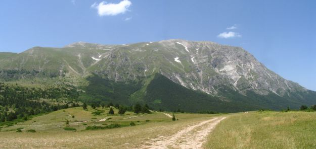 Mount Vettore in Norcia via Wikimedia Commons