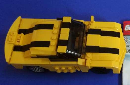 Bumblebee Lego from Gudi