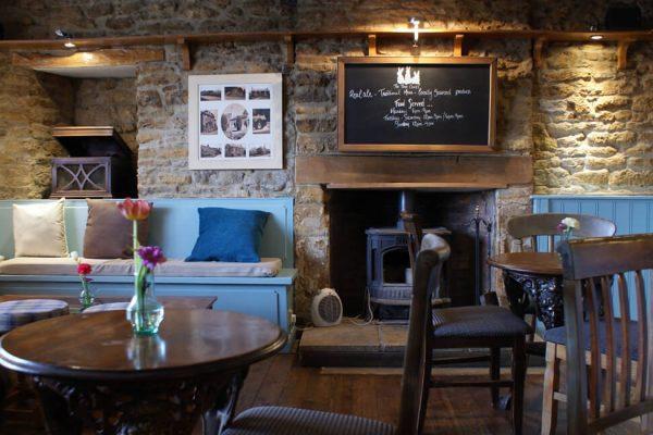 Three-Conies-Banbury-Pub-of-The-Year-2016-gallery-01