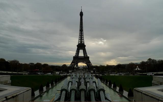 solo travel in Paris - Eiffel Tower