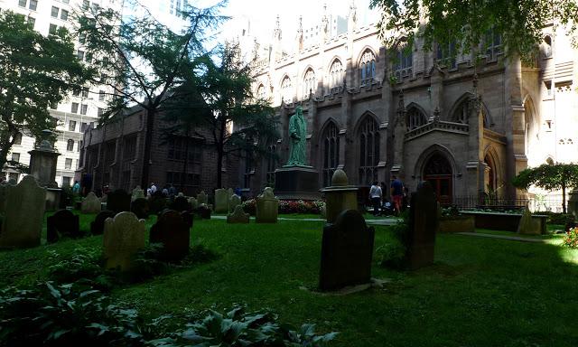 solo backpacking New York City - Trinity Church