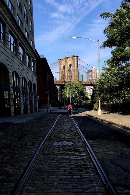 solo backpacking New York City Day 2 - Dumbo Bridge