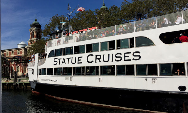 solo backpacking New York City - Statue Cruises