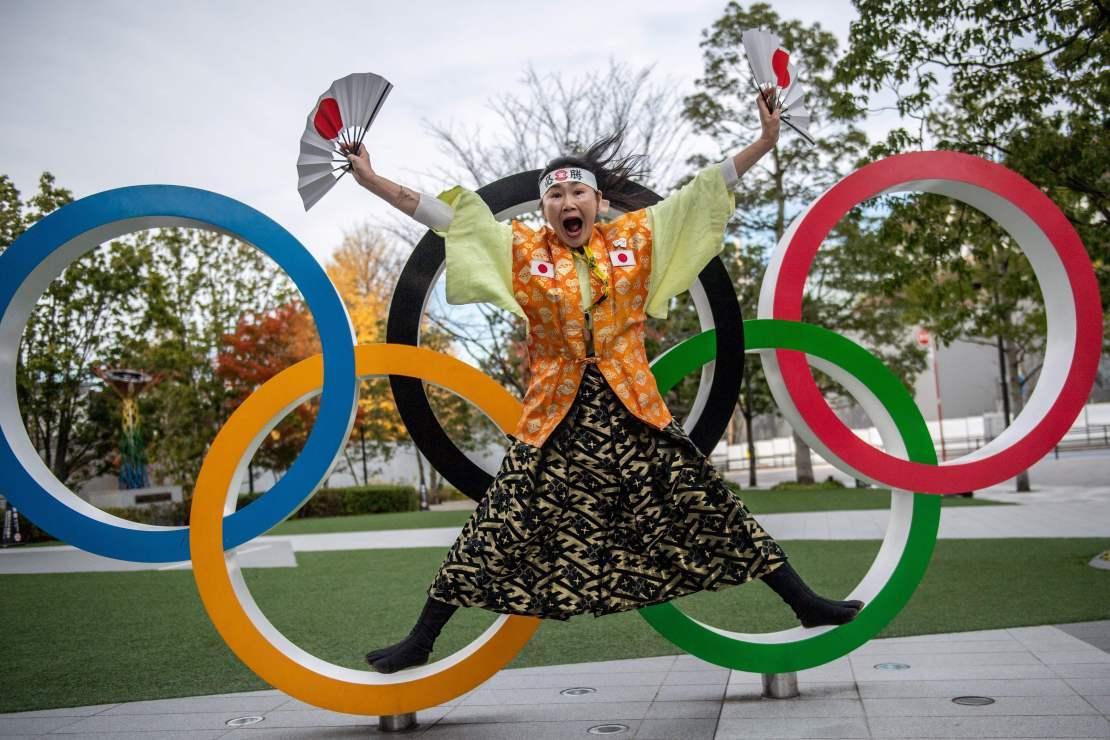 Japón pospuso los Juegos Olímpicos de Verano de 2020 durante 12 meses.  La postura oficial en este momento es que se está haciendo todo lo posible para salvarlos, pero las opiniones detrás de escena están cambiando.