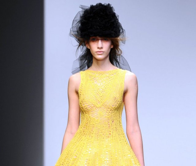 London Reigns On Fashion Parade