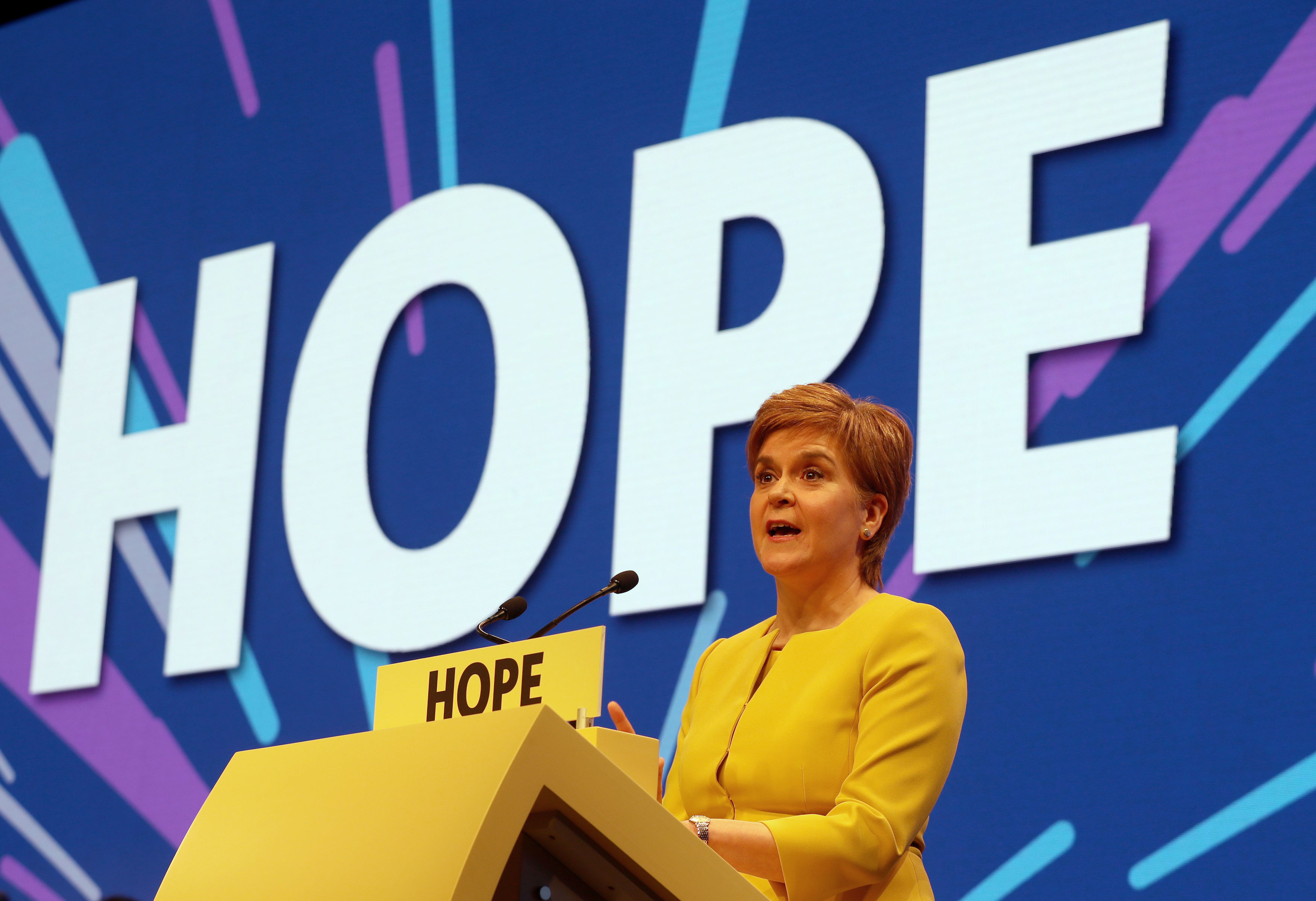 Nicola Sturgeon will raise an army of activists to sell ...