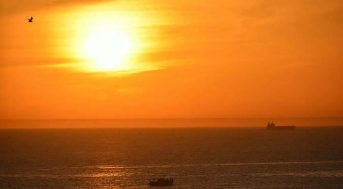 Flowing into the Ocean Agadir