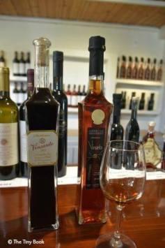 Koutsoyannopoulos Winery and Wine Museum, Santorini - Vinsanto.