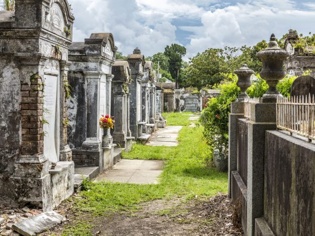 St. Louis Cemetery No 1. the activities in new orleans and sightseeing new orleans include visiting an old cemetery