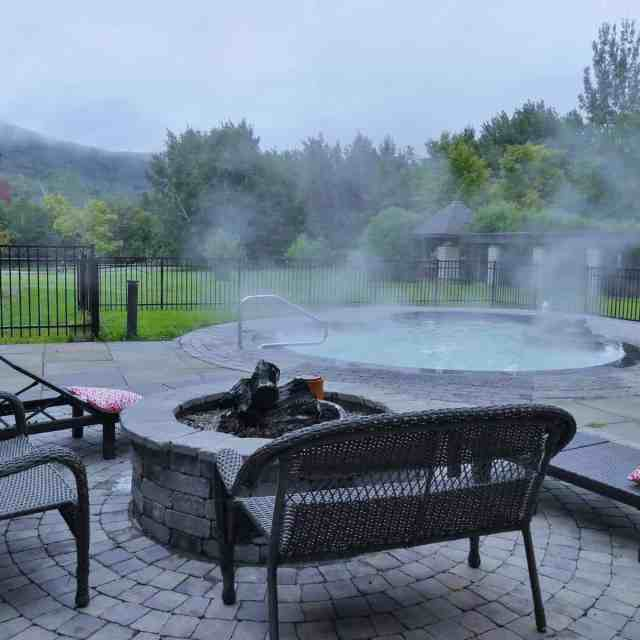 The hot tub at the hotel in Killington, Vermont