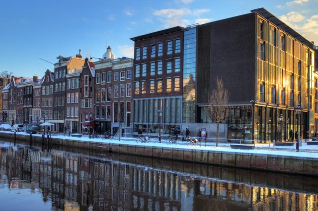 Anne Frank House is amsterdam must see, things to see in amsterdam
