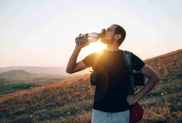 A Good water bottle is a traveling must haves and is part of travelling smart