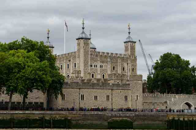 The Tower and tower bridge are identify london buildings, famous towers in london structures