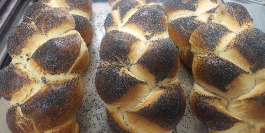 a school of challah