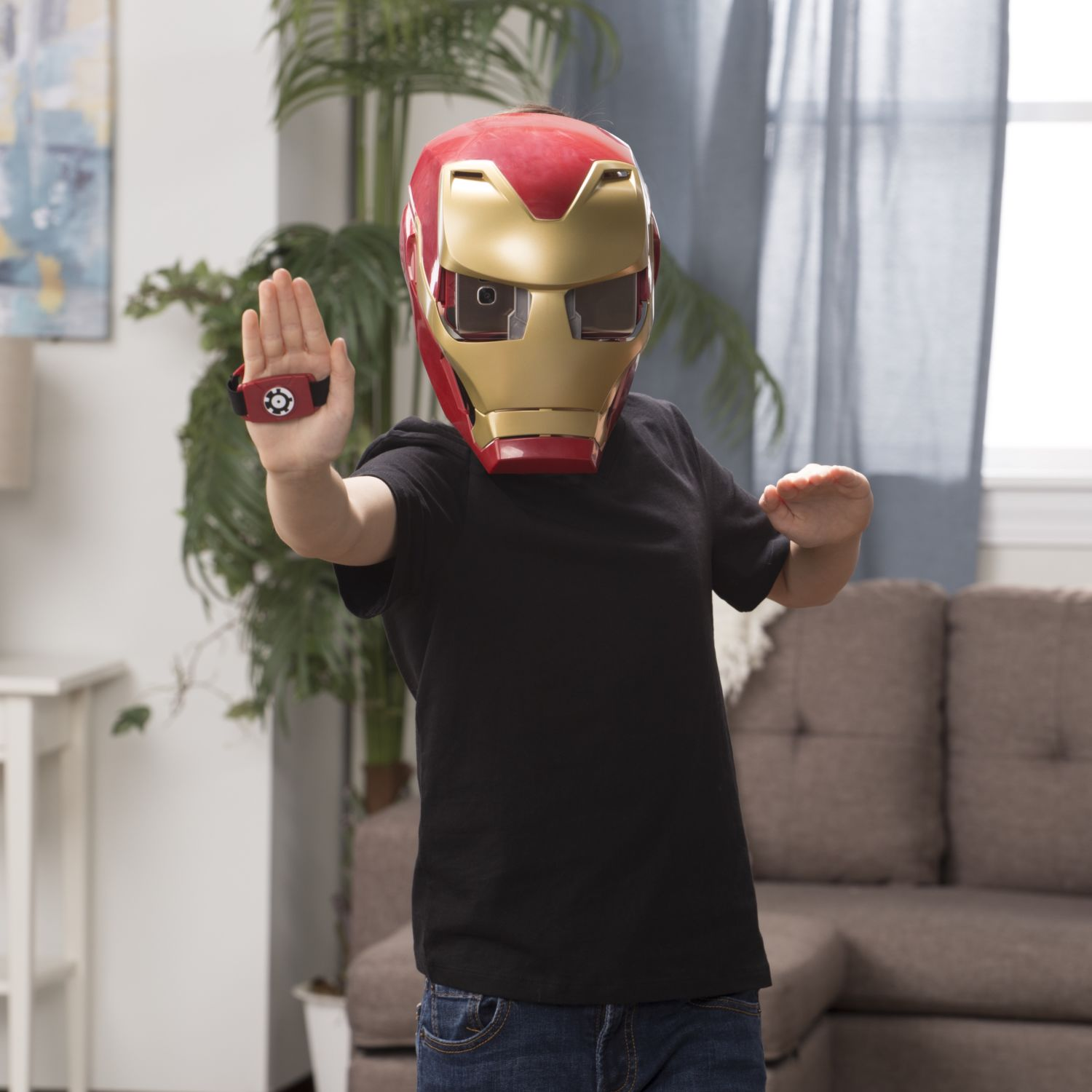 Hasbro To Launch Iron Man Ar Role Play Experience