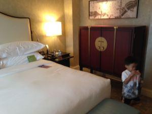 Tyler in the room at the Mandarin Oriental Washington DC