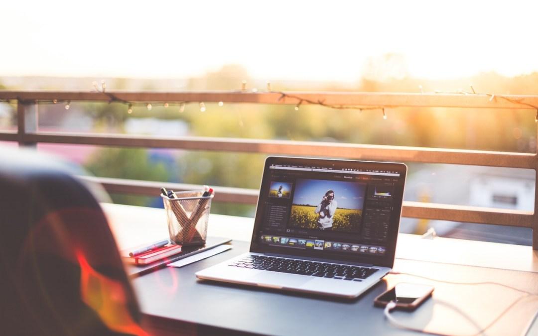 Travel life hack: 12 Ways to make money while travelling