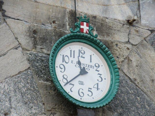Time, Clock, Como, Switzerland, Swiss time, Swiss clock, City of Como, Province of Como, Lombardy, Italy