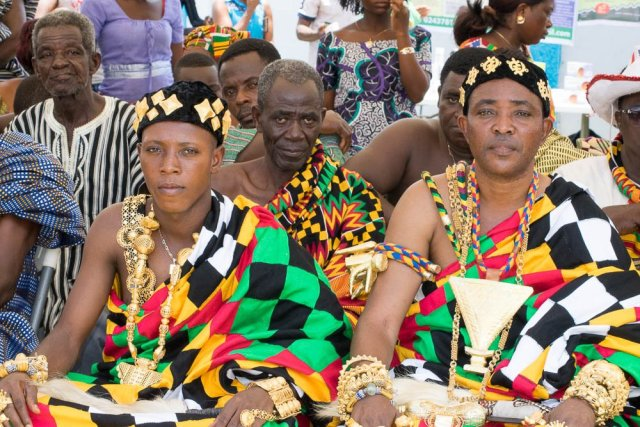 Things to do in Ghana - visit Kente weavers