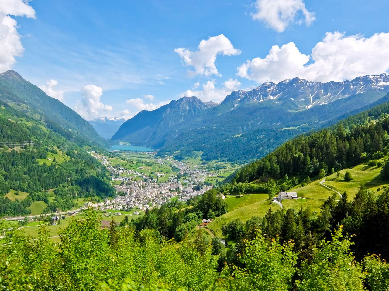 Lago di Poschiavo Valley  Over the Alps via Gotthard Bernina Circular Tour on the Bernina Express Lago di Poschiavo Valley