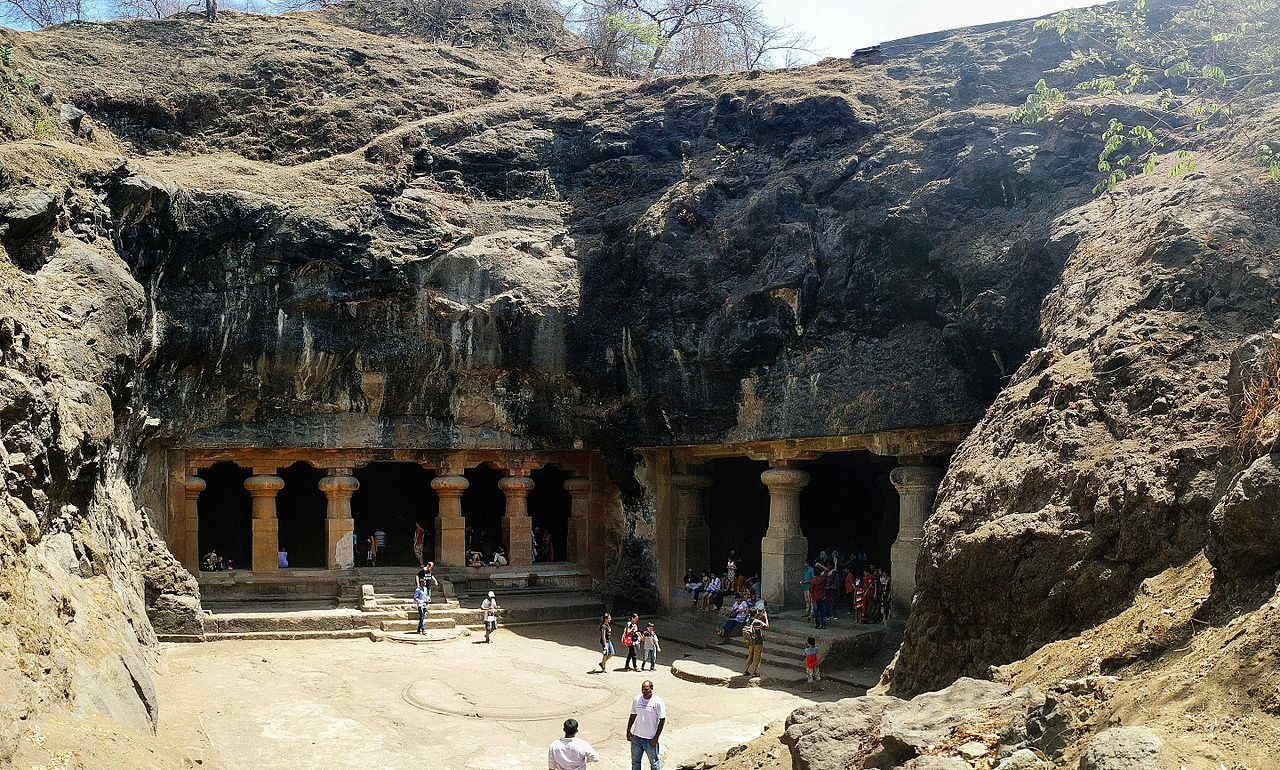 Elephanta Caves, Mumbai  The Magical Mumbai (Bombay) – what is there to see Mumbai Elephanta Caves
