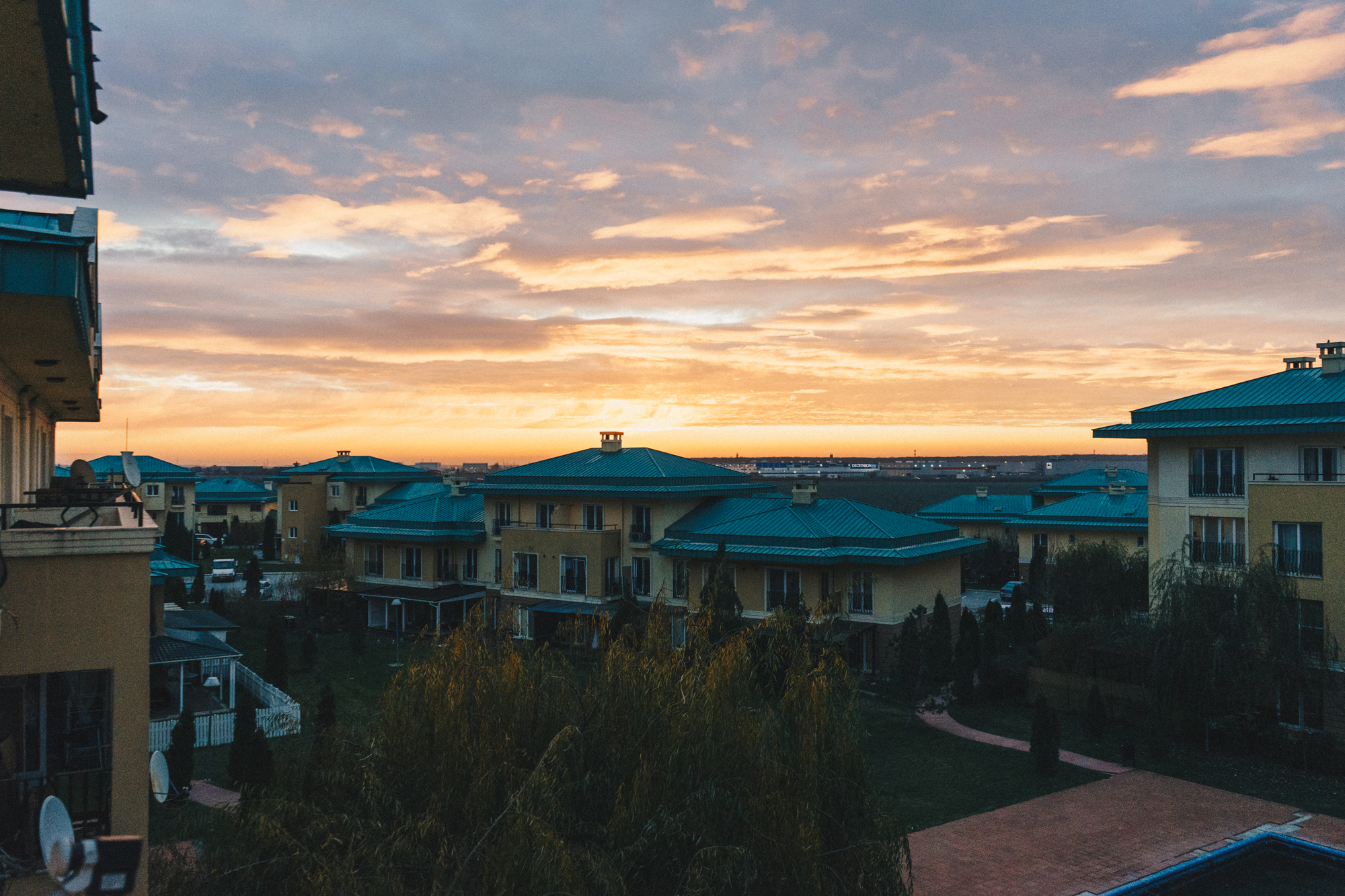 Sunset in Bucharest, Romania | thetravelsketch.com