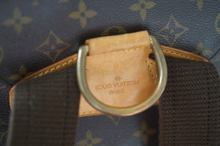 vuitton close up
