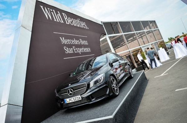 Mercedes-Benz Roadshow - Wild Beauties 2