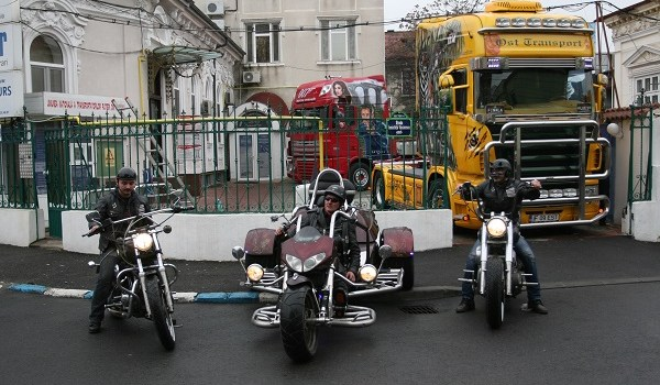 "Peste 1.000 de participanţi înscrişi la ""The Most Beautiful Truck & Chopper Festival – 2013"""