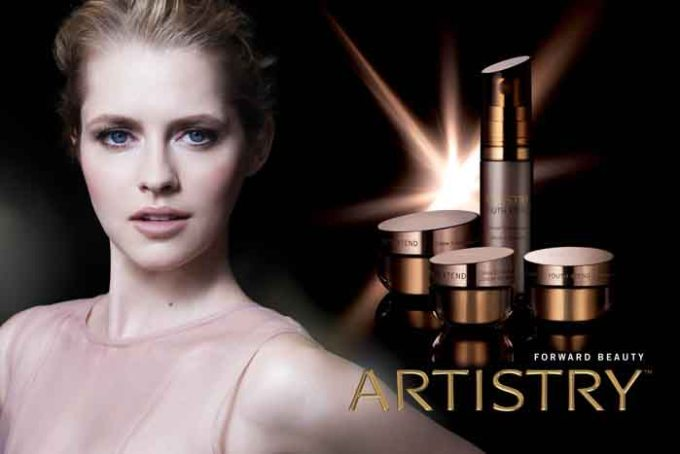 ARTISTRY YOUTH XTEND_Power System with Teresa Palmer