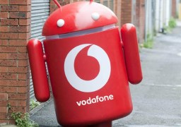 vodafone-android-suit