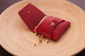 Clean Everything red stitchless wallet_05