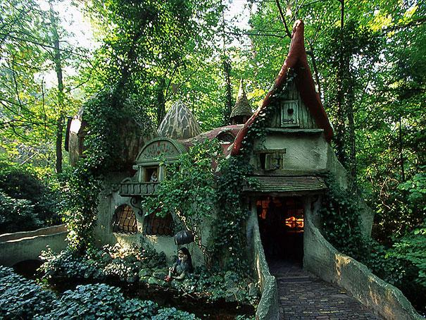 Forest House, Netherlands
