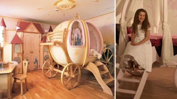 Princess' Carriage And Bedroom