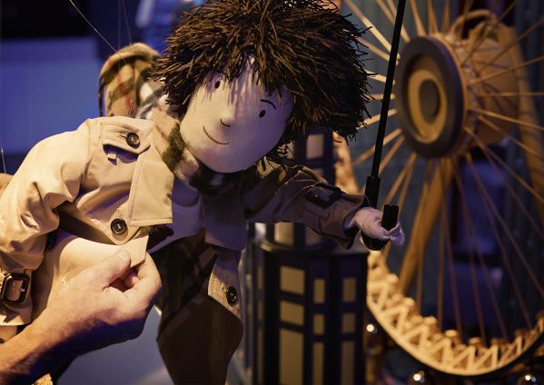 _The Magical Christmas Journey by Burberry_ - Making of the Window_002
