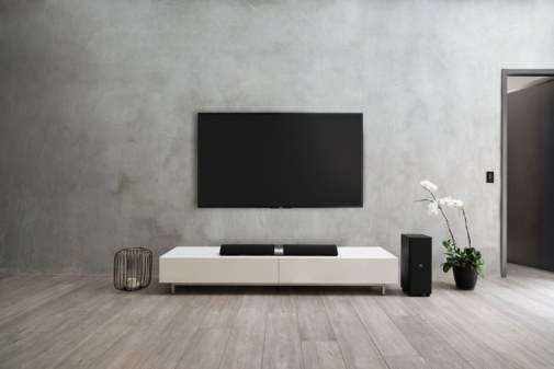 sistem SoundBar Philips Fidelio B5 - lifestyle 1