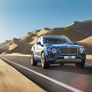 Cum arată Bentley Bentayga, cel mai rapid SUV din lume – FOTO & VIDEO
