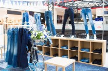 C&A THE DENIM stand (1)
