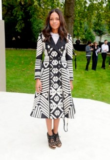 LONDON, ENGLAND - SEPTEMBER 21: Naomie Harris arrives at Burberry Womenswear Spring/Summer 2016 show during London Fashion Week at Kensington Gardens on September 21, 2015 in London, England. (Photo by David M. Benett/Dave Benett/Getty Images for Burberry) *** Local Caption *** Naomie Harris