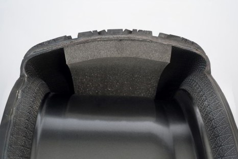 FIT, Foam In Tire_D344213-217m