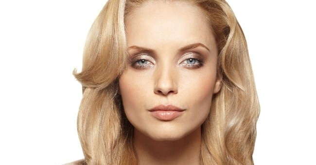 Beauty Trends: Look de Hollywood cu Rowenta Brush Activ' Volume & Shine