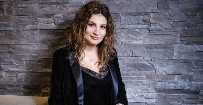 """MiniArtShow by Ioana Ginghină lansează în România """"Brave Kids"""""""