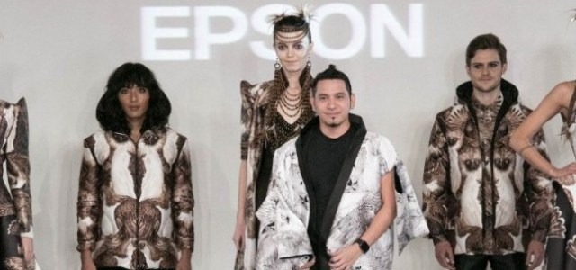 Ce au în comun designerul John Herrera, Epson și London Fashion Week?