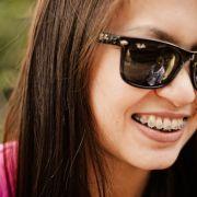 Health Trends: 4 trucuri pentru cei care poarta aparat dentar pentru adulti!