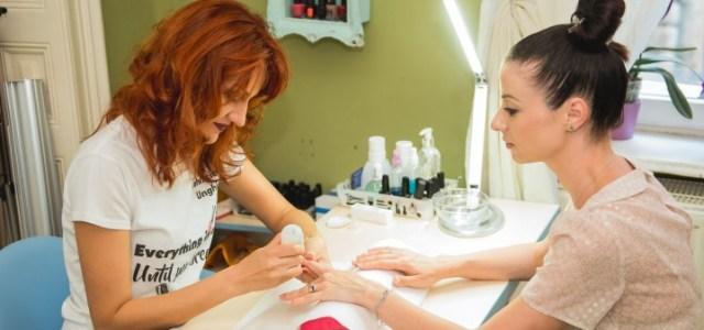 Cum arată D'Hairapy Beauty Bar, primul Beauty Bar Salon din Capitală – Galerie FOTO