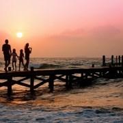 Cum să transformi 10 zile de concediu în 35 de zile de vacanță! Ce destinații alegi?